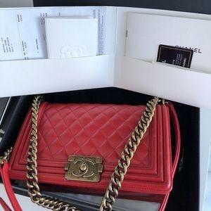Chanel Le Boy Medium